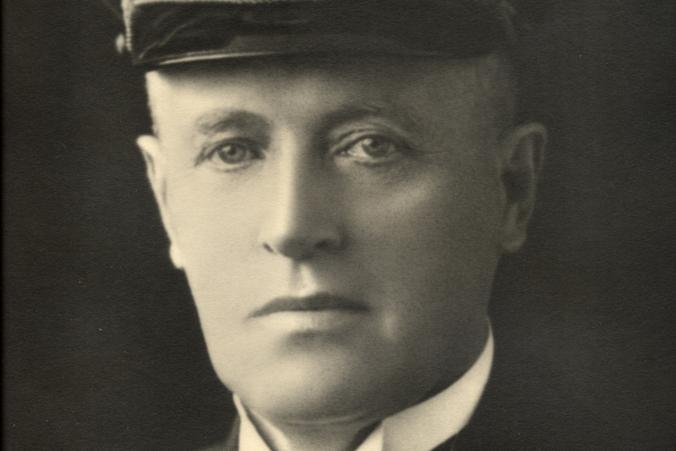 Porträtt av Gustaf Erikson.